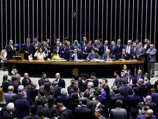 Líder do DEM pede retorno da MP da liberdade econômica à Câmara