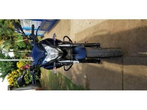 MOTO PULSAR NS 200 (AÑO 2016)