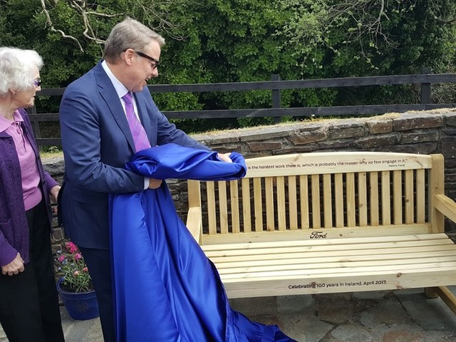 Ford comemora 100 anos na Irlanda