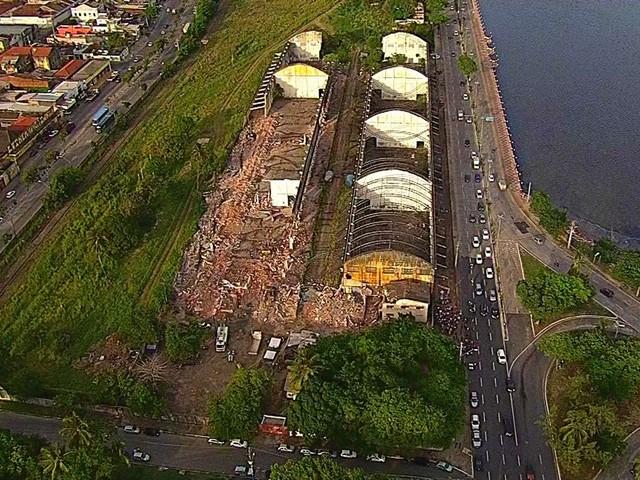 Demolição de armazéns no Cais José Estelita provoca ocupação contra o Projeto Novo Recife