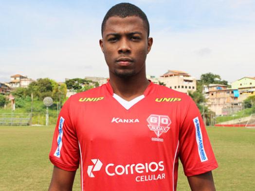 Mercado da bola: Flamengo empresta jovem volante a clube da Série D