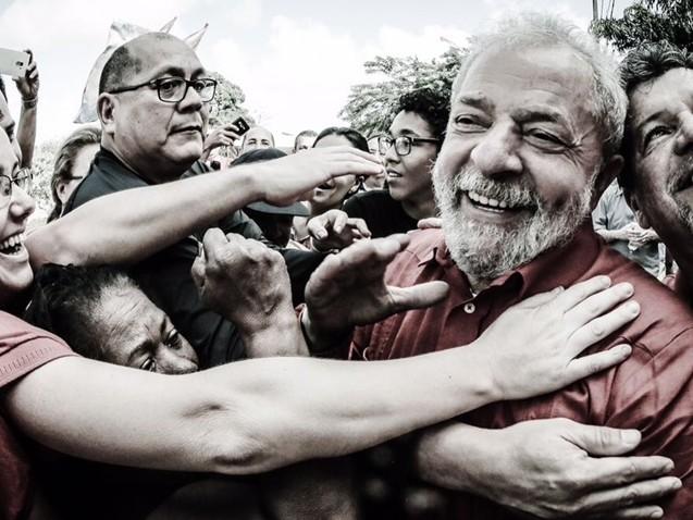 CNT/MDA: Lula lidera todos os cenários para 2018