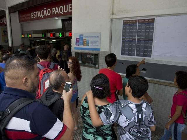 Barcas: novos horários na linha Paquetá causa surpresa entre usuários