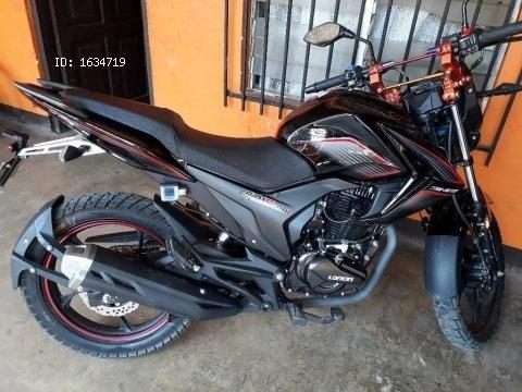 vendo moto genesis CR1S 200