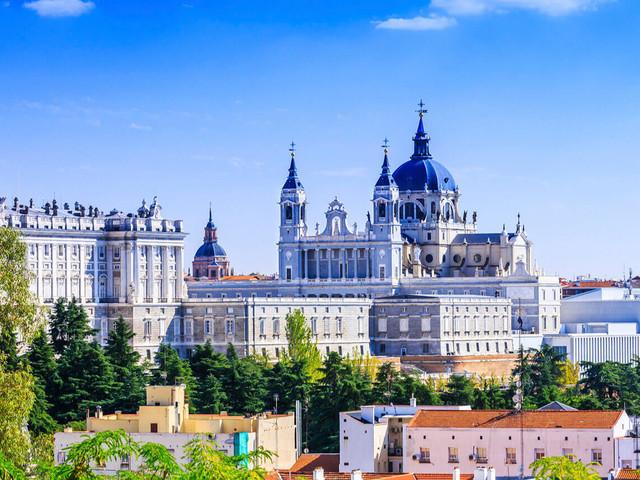 Baixou! Passagens em voos diretos de São Paulo para Madri por R$ 2.026 com bagagem despachada!