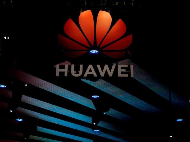 Google suspende alguns negócios com Huawei sob pressão da 'lista negra' de Trump, diz agência