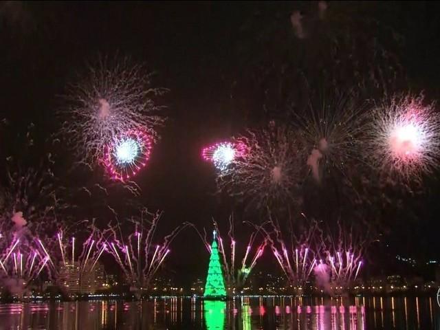 Árvore de Natal da Lagoa, no Rio de Janeiro, é acesa e deve atrair milhares de pessoas