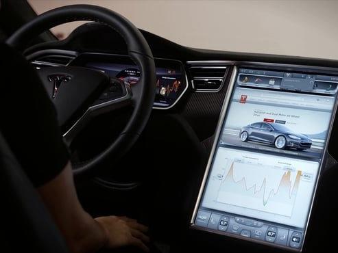 Tesla abre parte do código-fonte do Autopilot e sistema de entretenimento