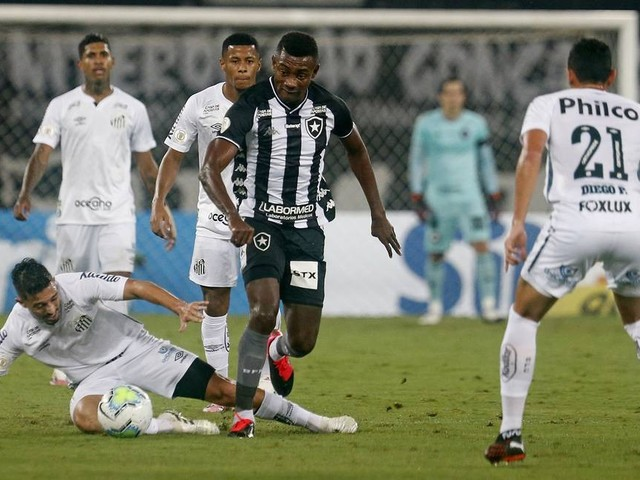 Santos x Botafogo: entenda o que colocou um time na final da Libertadores e o outro à beira do rebaixamento