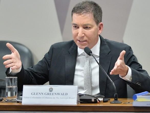 """Glenn Greenwald diz ter áudios, fotos e vídeos """"que dão medo"""""""