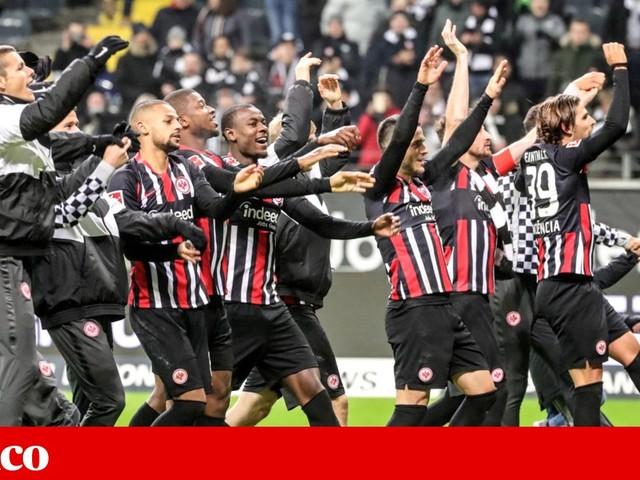 Líder Leipzig soma primeira derrota na liga alemã desde Outubro