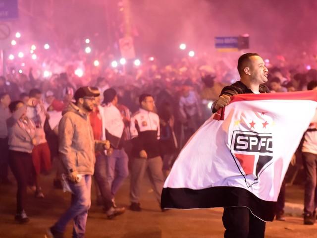 """São Paulo provoca Corinthians: """"Alguém conhece um tal de Olé"""""""