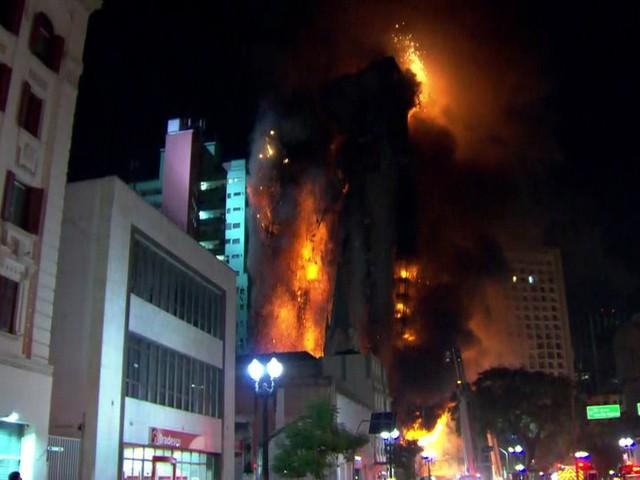 Polícia culpa 3 coordenadores de ocupação por incêndio e queda de prédio que matou 7 em São Paulo