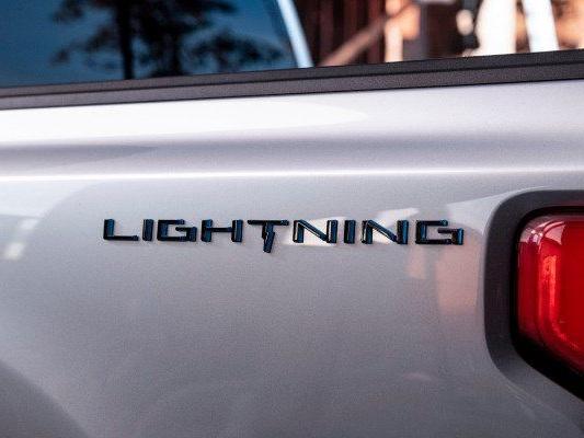 Ford F-150 | Clássica picape americana tem nome da versão elétrica confirmado
