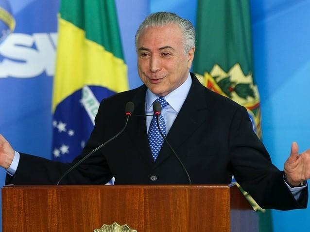 Pimenta: Salvação de Temer custará R$ 300 bi aos brasileiros