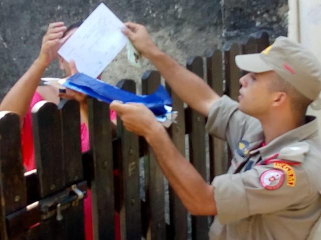 Bombeiros fazem ação para prevenir incêndios florestais em Petrópolis, no RJ
