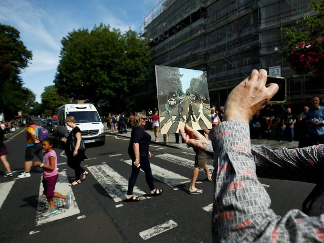 Foto que ilustra a capa do álbum 'Abbey Road' dos Beatles completa 50 anos nesta quinta