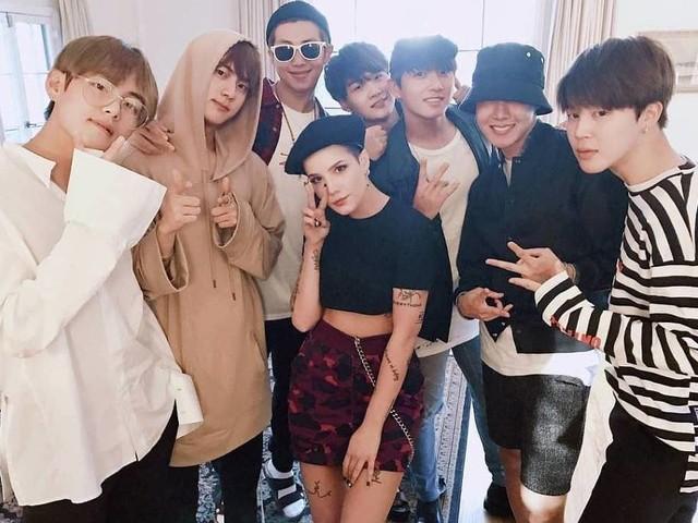 BTS é a primeira banda desde Beatles a ter três álbuns nº 1 na Billboard em menos de um ano