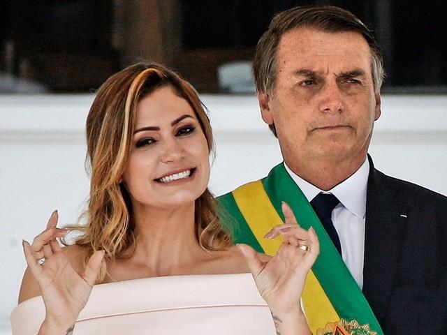 Alerj concede medalha Tiradentes a Michelle Bolsonaro