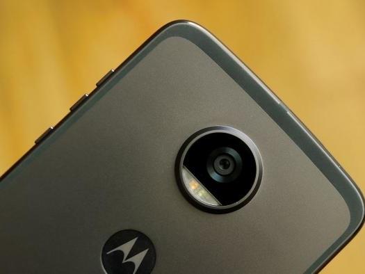 Vazamentos mostram Moto Z4 com câmera de 48MP e tela de 6,4 polegadas