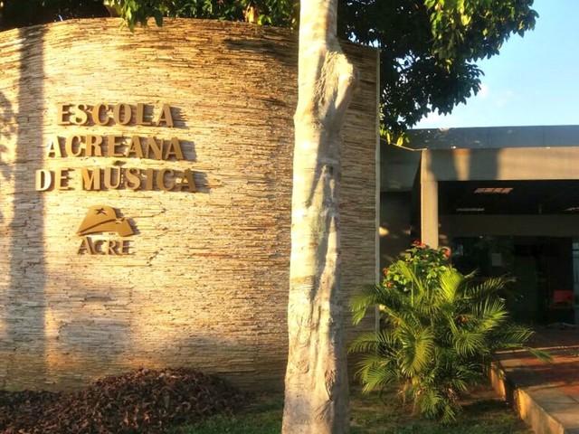 Após mais de oito meses fechada, escola de música retoma aulas em Rio Branco