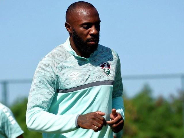 Com suspensão de Luccas Claro, Manoel pode ganhar mais uma chance no Fluminense