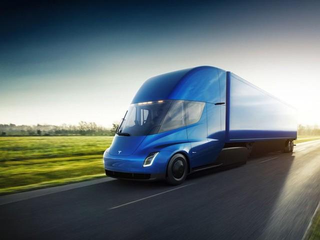 Tesla apresenta seu primeiro caminhão elétrico
