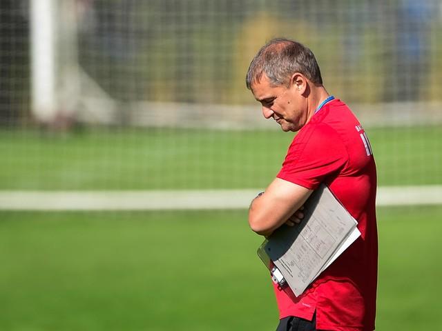 Sem Everton, Aguirre busca soluções em meio à queda do São Paulo