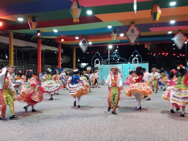 Grupos tradicionais animam primeira noite do Festival de Quadrilhas Juninas de Natal