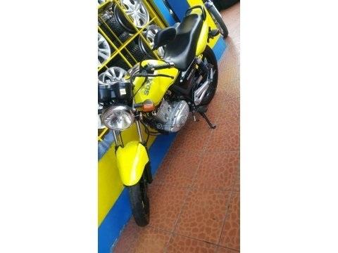 Vendo moto suzuki 125