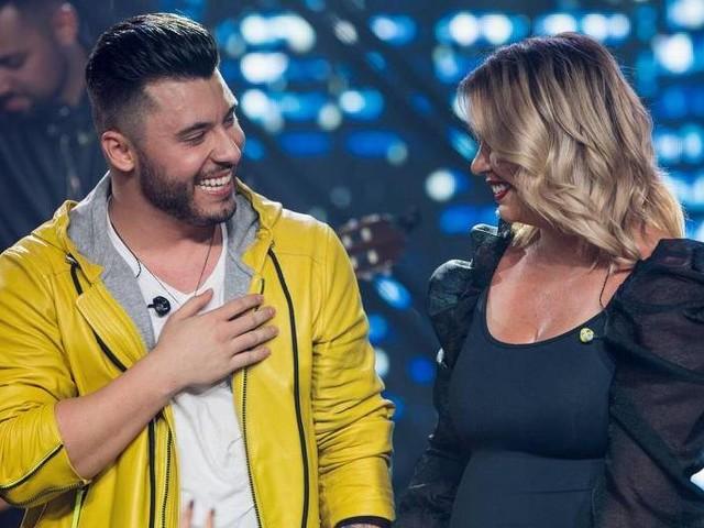 Marília Mendonça volta aos palcos na gravação do DVD do namorado, Murilo Huff