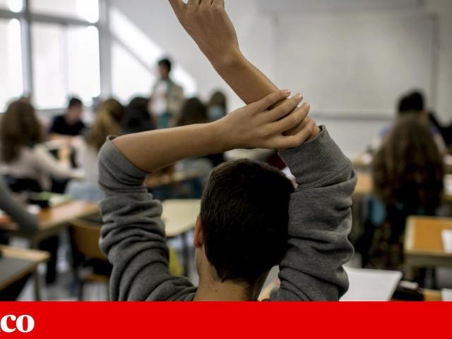 Alunos tiveram de pagar 10 euros para se matricularem na secundária Pedro Nunes