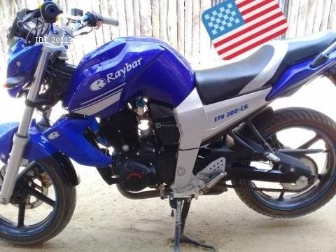 Vendo moto raybar