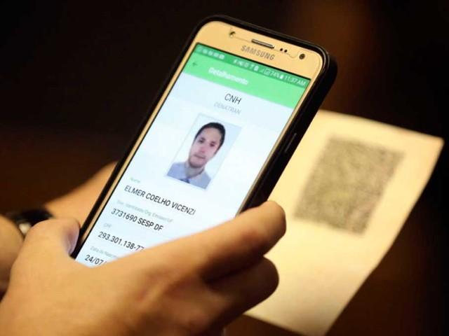 Carteira de motorista digital é antecipada pelo Contran