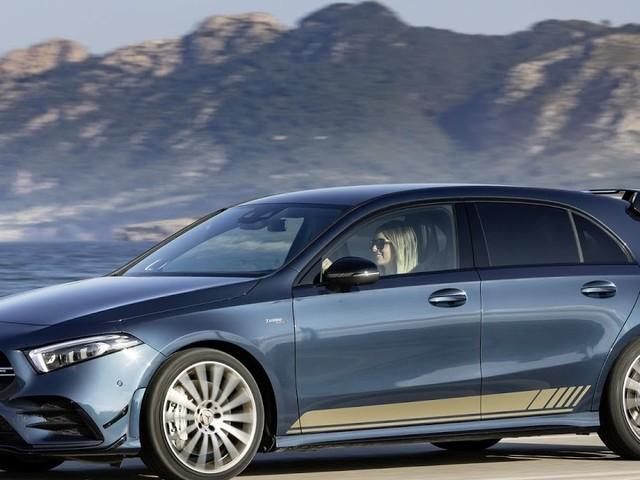 Mercedes A35 AMG chega à Europa para enfrentar o Golf R