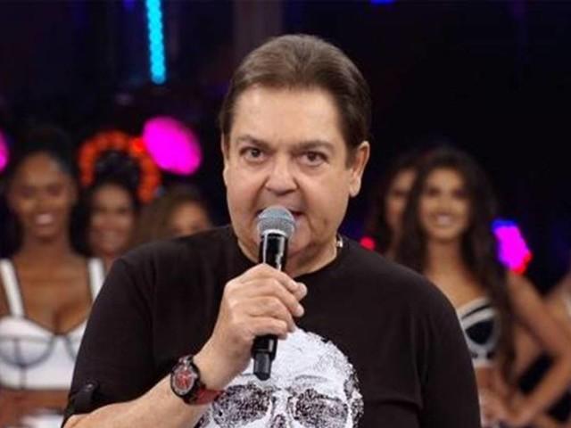 Faustão deve sair da Globo após 32 anos, diz colunista