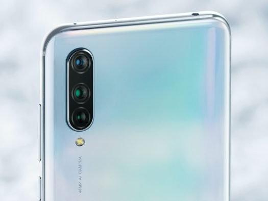 Xiaomi CC9 com câmera tripla de 48 megapixels aparece em fotos oficiais