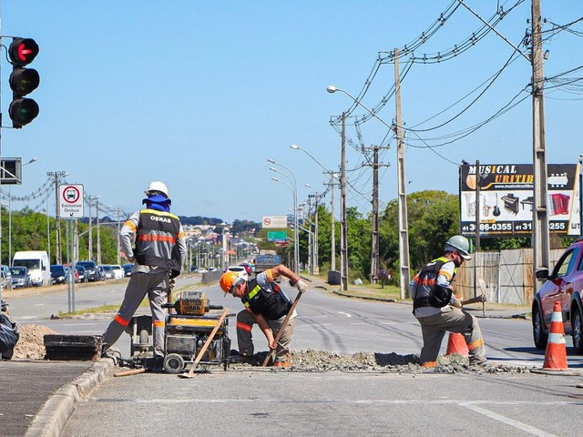 Com cinco anos de atraso, obra prevista para Copa no Brasil é retomada, em São José dos Pinhais