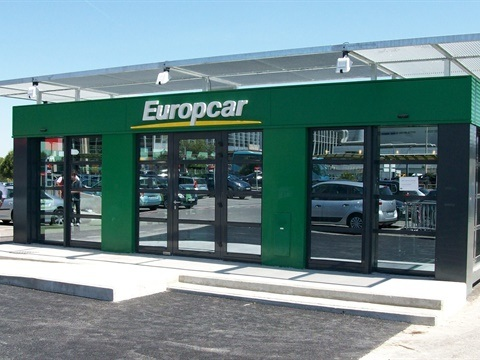 Europcar Extends Partnership with easyJet
