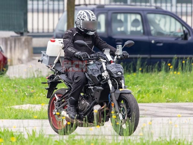Veja fotos do protótipo da nova MT-07 da Yamaha