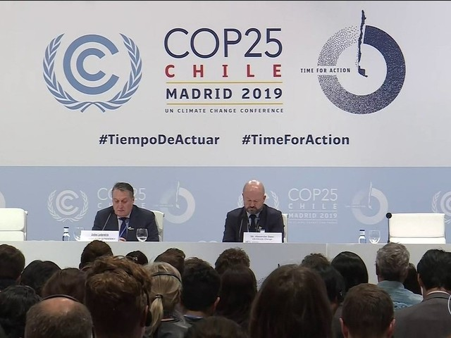 COP 25 adia encerramento enquanto negociadores tentam chegar a acordo