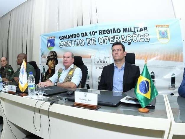 """""""Temos que colocar a cabeça no lugar"""", diz Moro sobre motim de PMs em Fortaleza"""