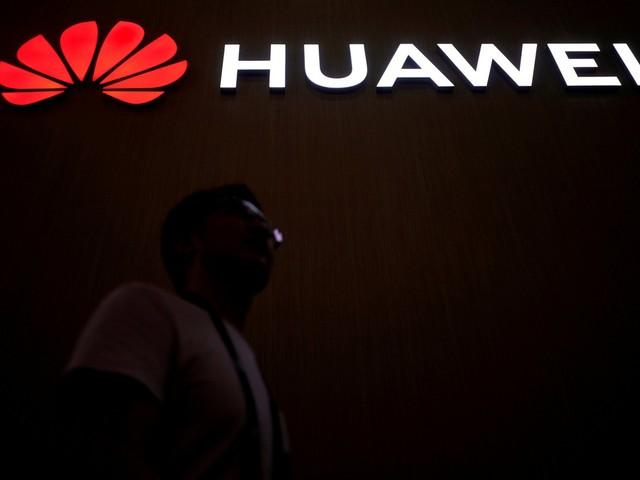 Huawei recebe licença temporária dos EUA para atualizar aparelhos