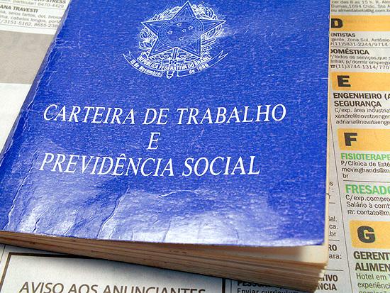 Brasil cria 9,8 mil vagas de trabalho com carteira assinada em junho