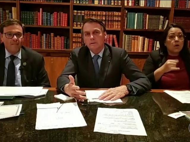 Bolsonaro acusa Leonardo DiCaprio e WWF de financiarem queimadas na Amazônia