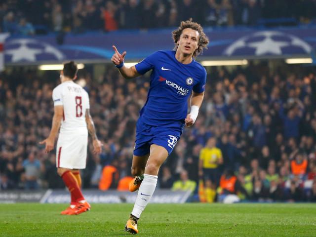 Em crise no Chelsea e fora da seleção, David Luiz ainda tem moral no Fifa