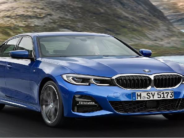 BMW fazrecalldo 330i Sport no Brasil por defeito no motor