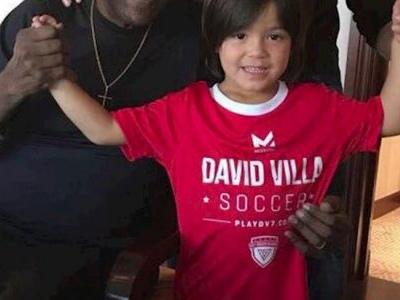 """Pelé e David Villa se encontram: """"Lendas do futebol de Nova York"""""""