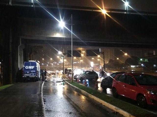 Três CNHs são recolhidas e 17 motoristas, multados em blitz em Florianópolis