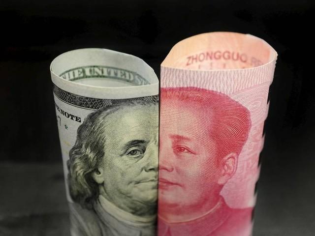 Trump muda tom sobre acordo comercial com China e dólar volta a cair, a R$ 4,08